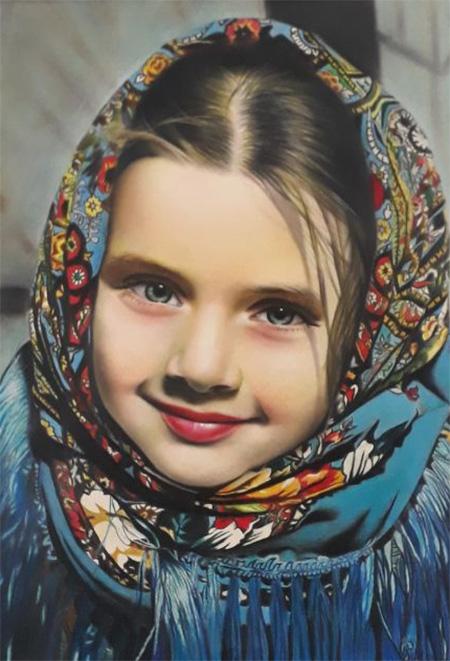 سفارش نقاشی چهره با مداد رنگی